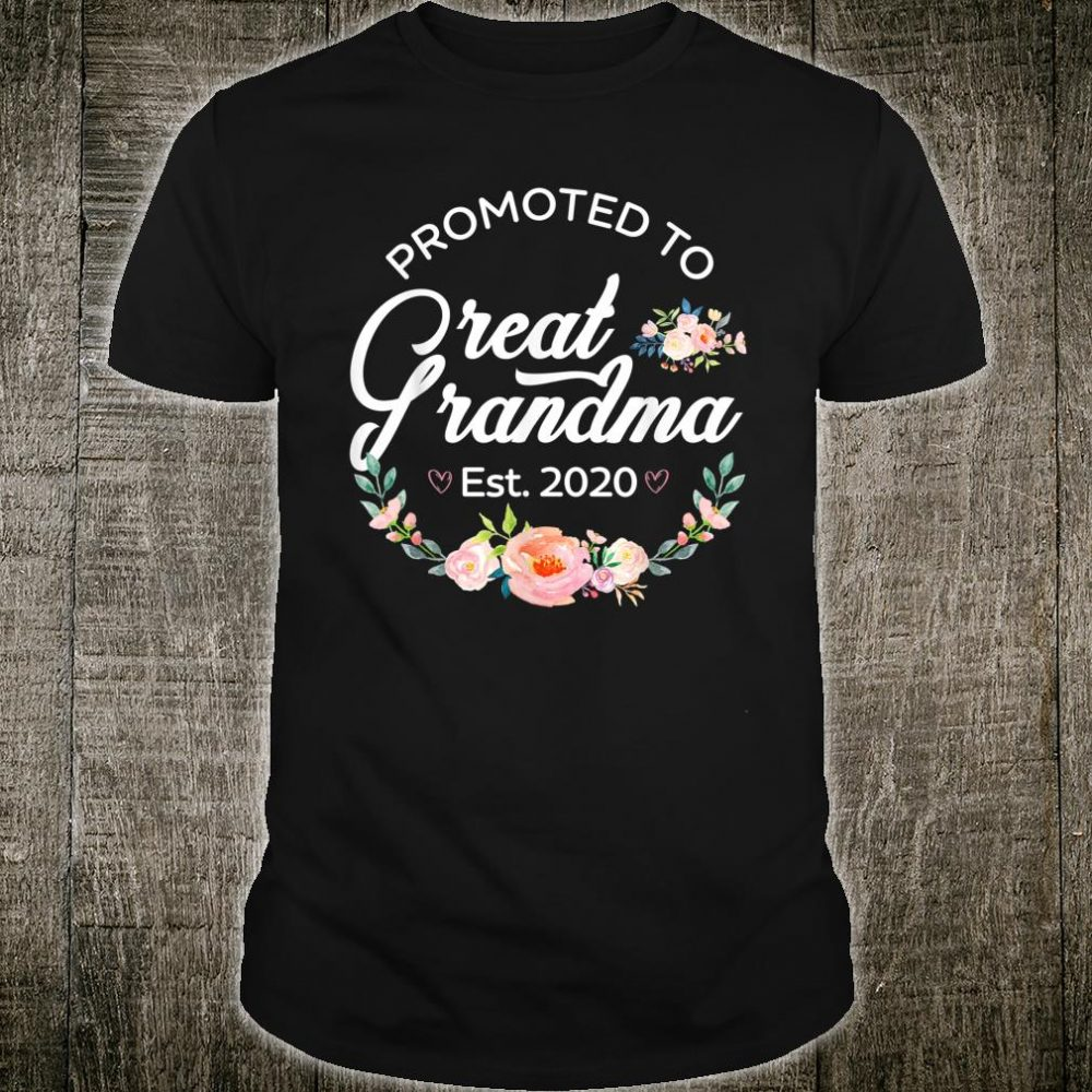 Promoted to Great Grandma Est 2020 First Time Grandma Floral Shirt